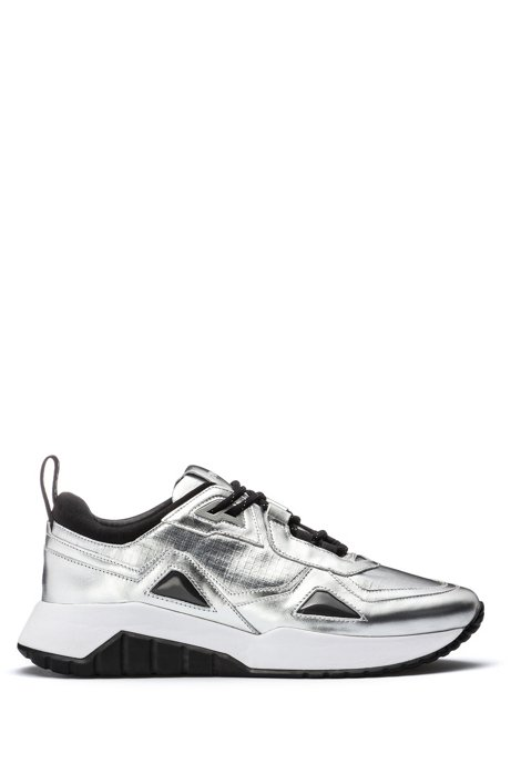 Sneakers van leer en technisch materiaal met metallic effect, Zilver