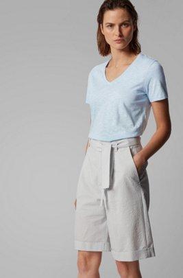 T-shirt en coton flammé à colV, bleu clair