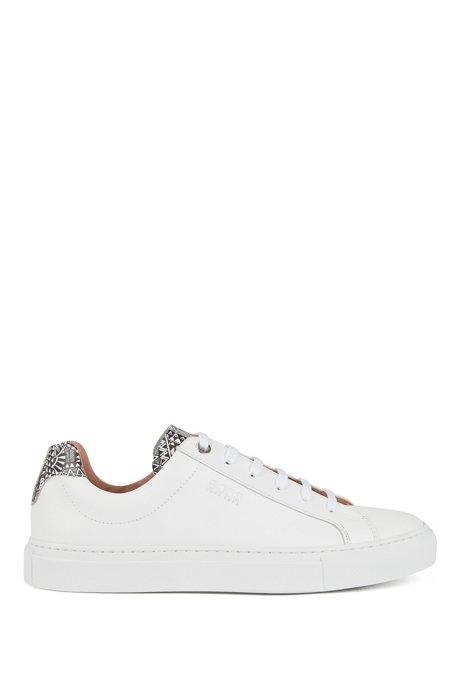 Lage sneakers van kalfsleer met collectieprint, Wit