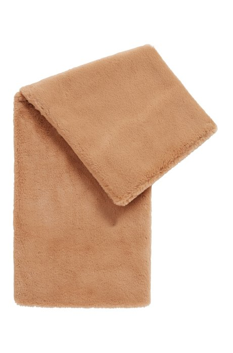 Italian-made muff in faux fur, Light Brown