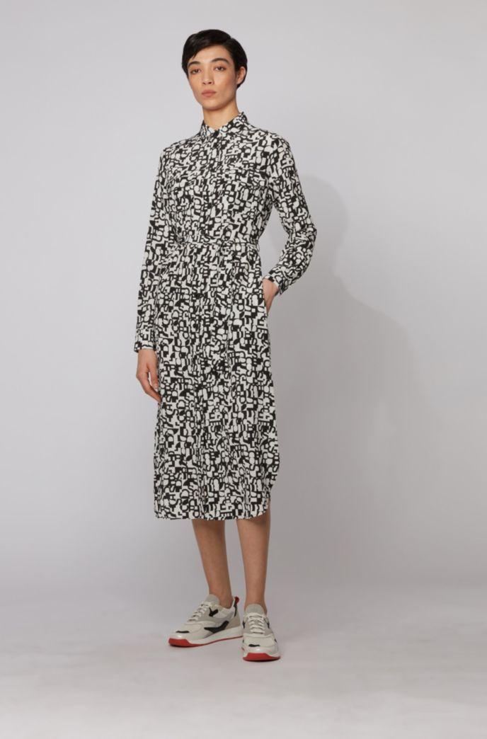 Robe-chemise à manches longues en soie imprimée