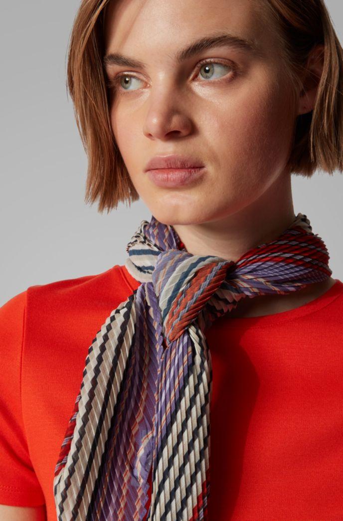 Foulard plissé à rayures multicolores