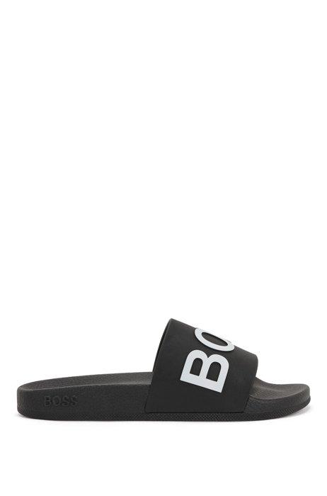 Slides mit Logo und geformtem Fußbett, Schwarz
