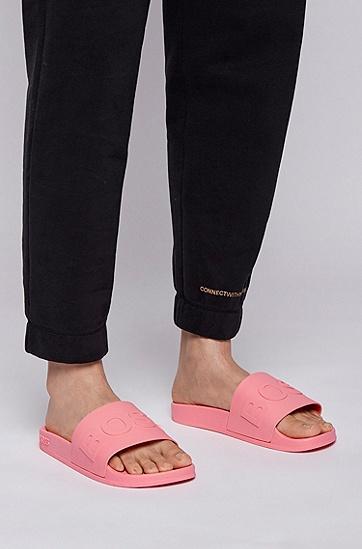 鞋面饰有徽标印花并搭配模压鞋底的拖鞋,  679_亮粉色