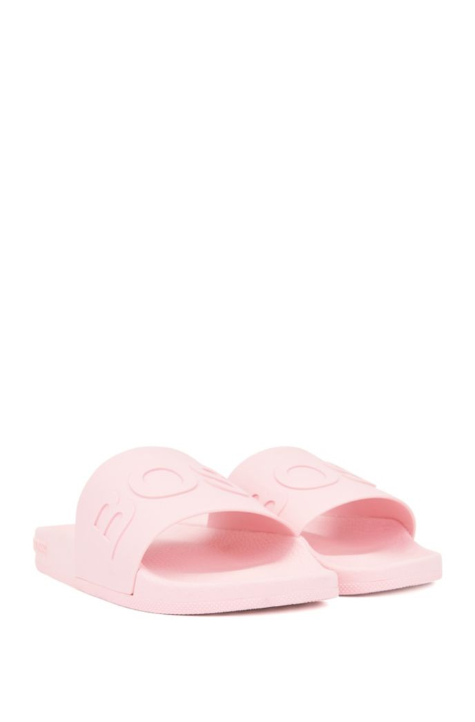 Logo-strap slides with moulded footbed