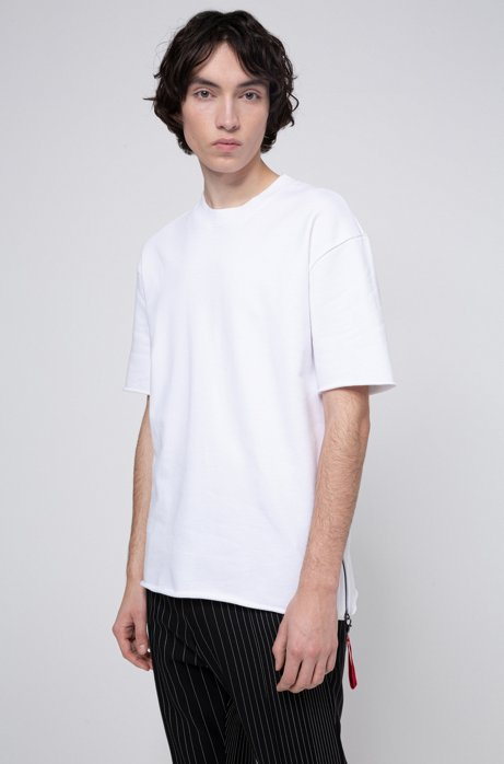 Relaxed-fit T-shirt with detachable collection key ring, White
