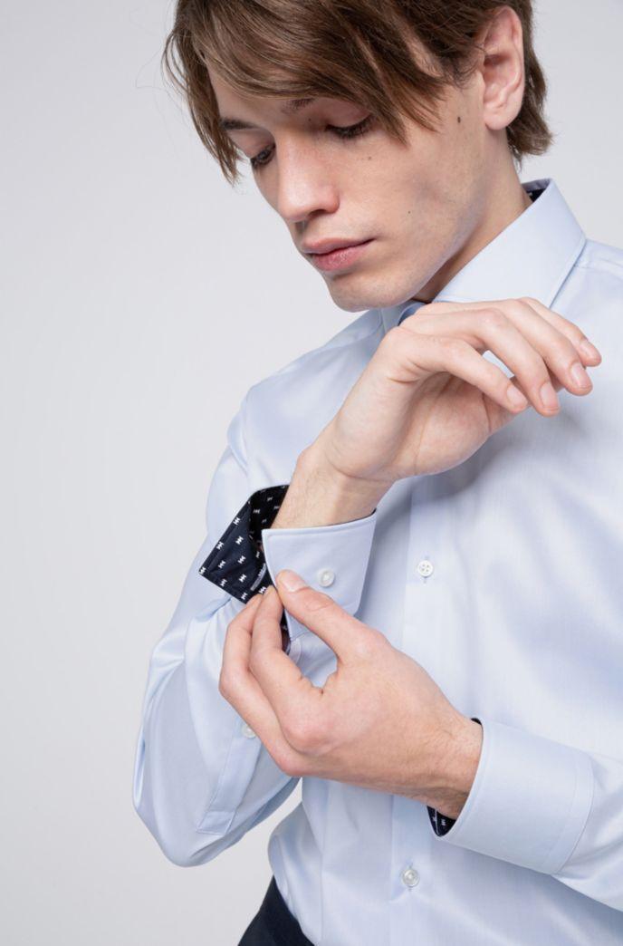 Slim-fit overhemd van katoenen twill met contrasten aan de binnenzijde