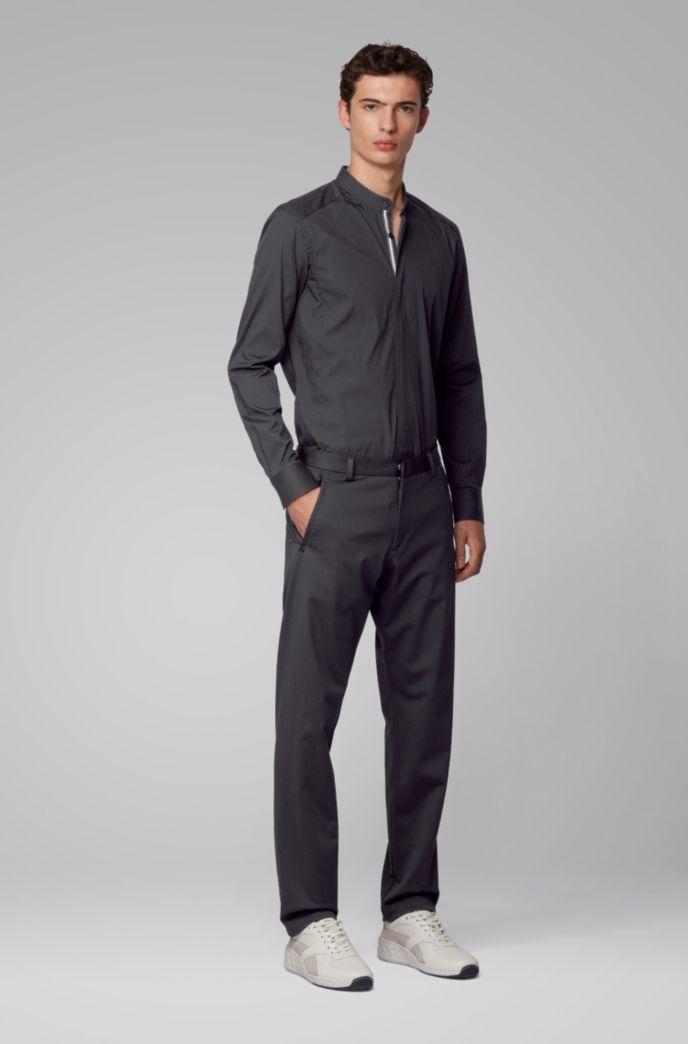 Slim-Fit Hemd mit Stehkragen und dynamischen Bahnen