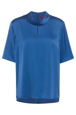 Top à manches courtes en soie stretch avec fente sur le devant, Bleu