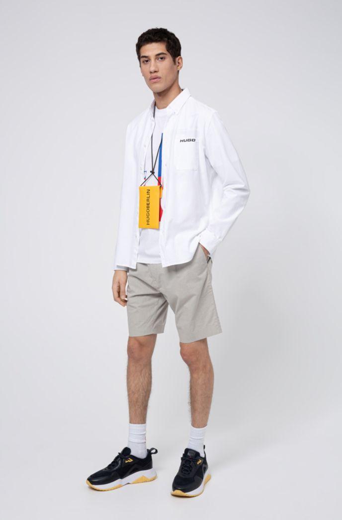Strukturierte Slim-Fit Shorts aus elastischem Baumwoll-Mix mit Leinen