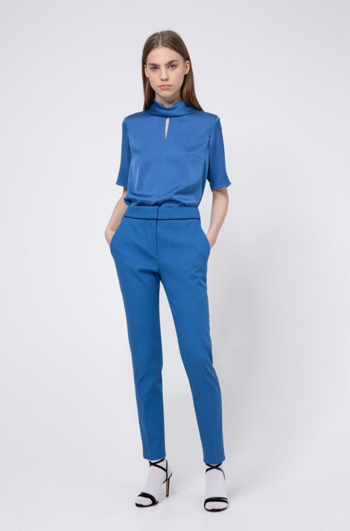 Regular-Fit Cropped-Hose aus strukturiertem Baumwoll-Mix mit Elasthan und schmalem Beinverlauf