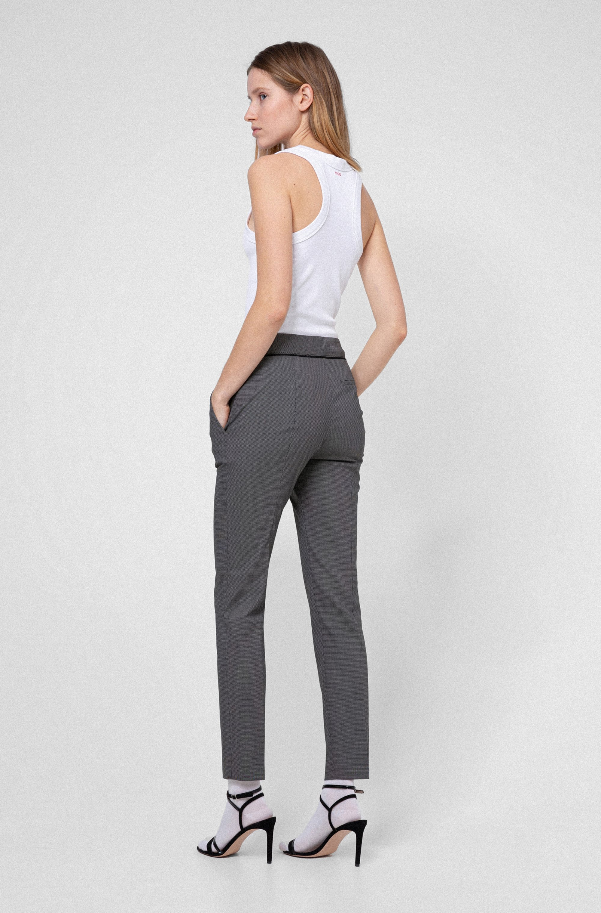 Slim-leg cropped trousers in a patterned cotton blend