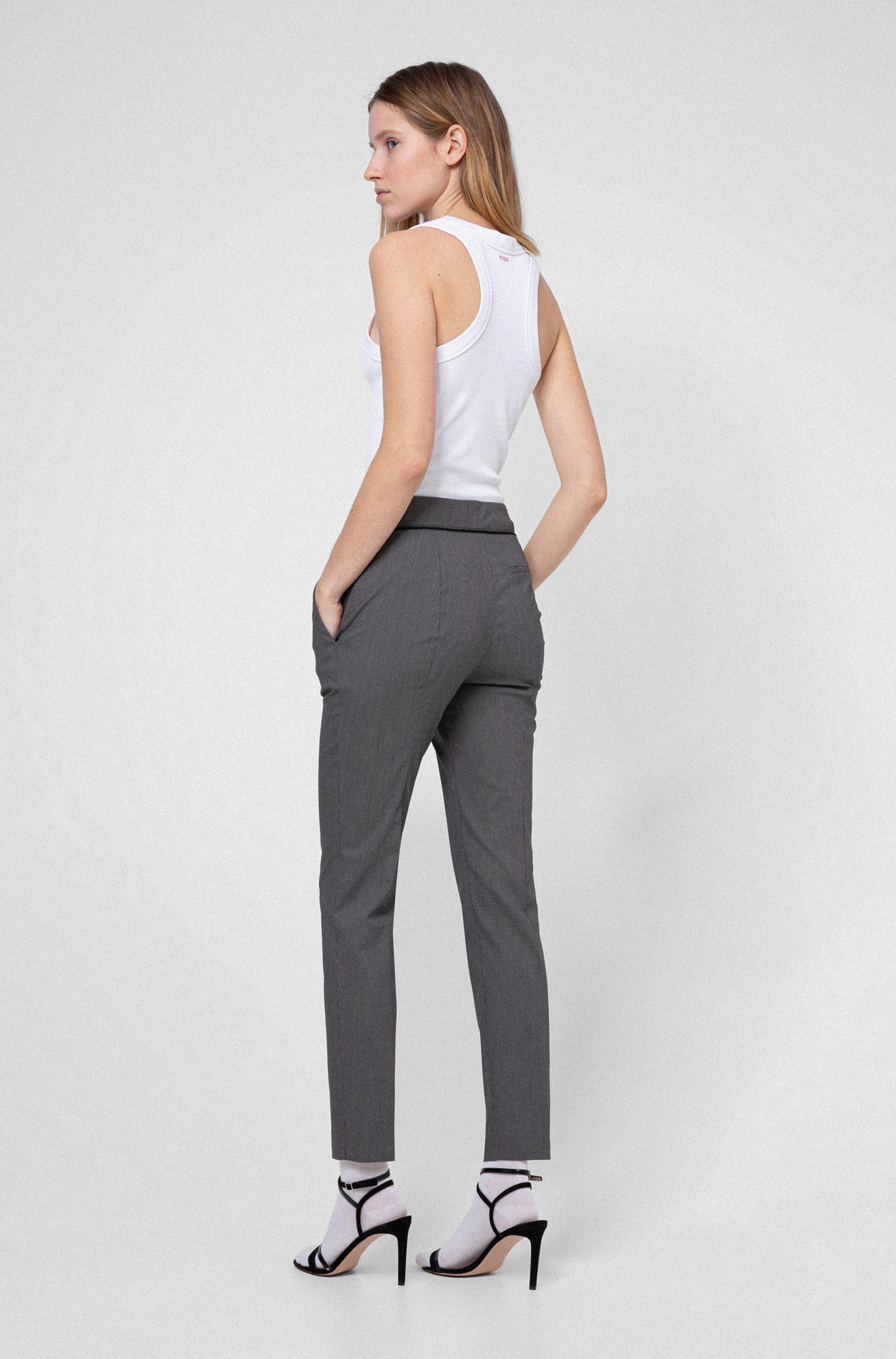 Pantalon slim court, en coton mélangé à motif