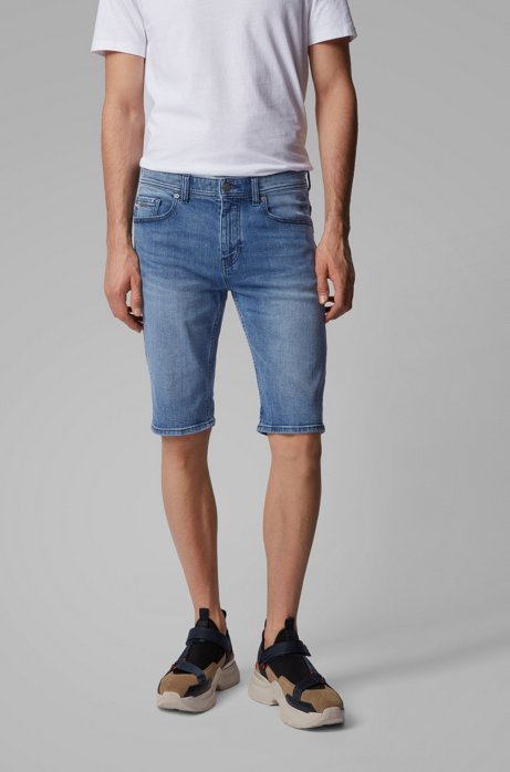Tapered-Fit Shorts aus komfortablem Stretch-Denim, Blau