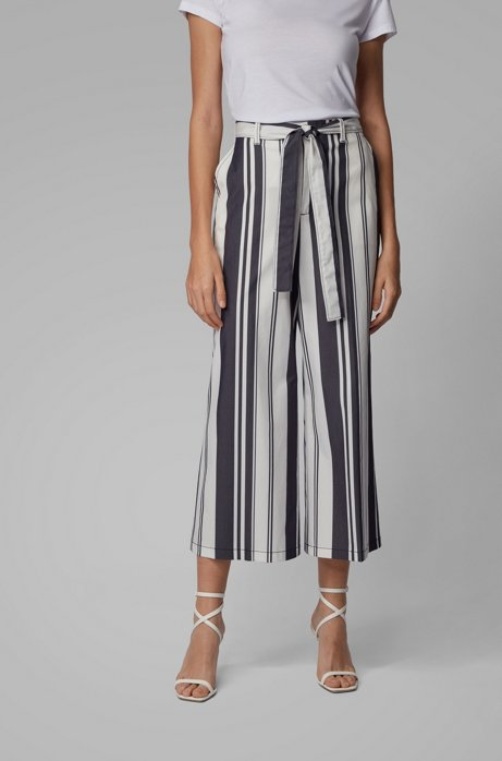 Kortere broek met wijde pijpen, met gemengde strepen en een strikceintuur, Bedrukt