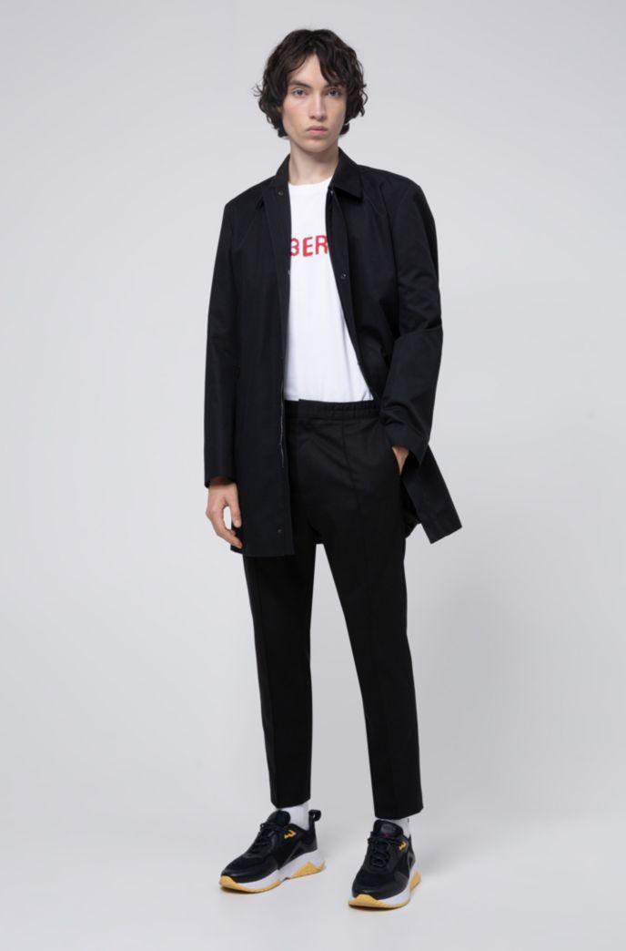 Cappotto slim fit con logo reversed all'interno