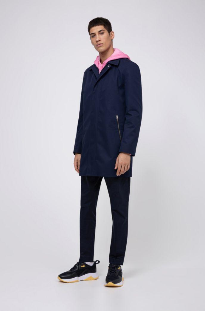 Slim-Fit Mantel aus Twill mit spiegelverkehrtem Logo innen