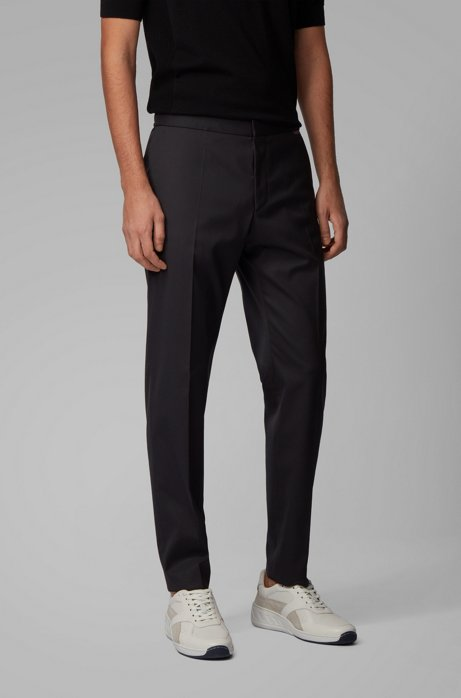 Slim-Fit Hose aus Stretch-Gewebe in Cropped-Länge, Schwarz