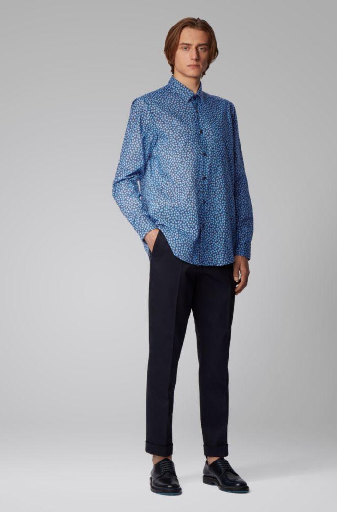 Regular-Fit Hemd aus italienischem Baumwoll-Musselin mit Blätter-Print