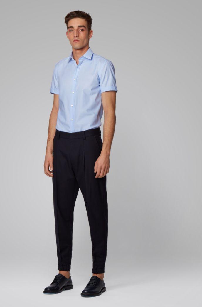 Chemise Slim Fit à col Kent et patte de boutonnage plissée
