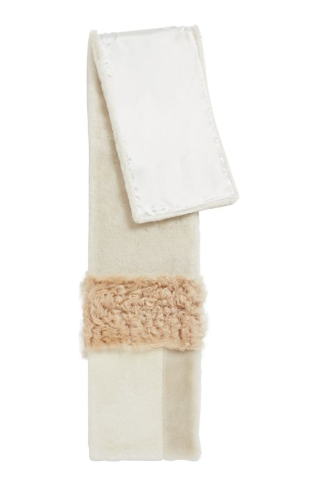 Shearling scarf with tonal design and silky lining, Beige