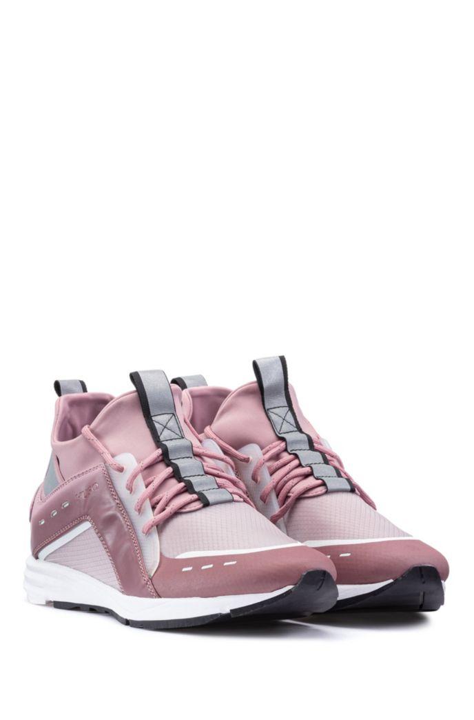 Hoge sneakers met Vibram-zool