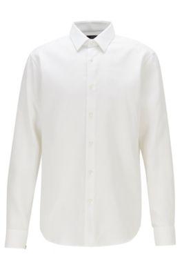 Regular-Fit Hemd mit fleckenabweisendem Finish, Weiß