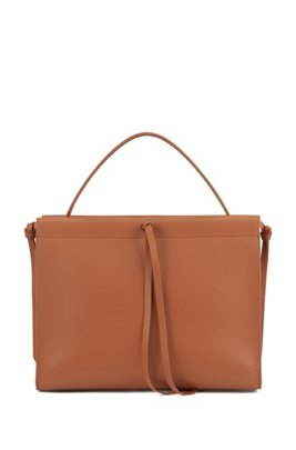 Tote bag in Italian leather with tassel detail, Light Brown