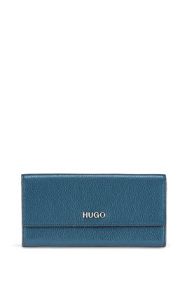 Continental wallet in grainy leather with logo hardware, Dark Blue