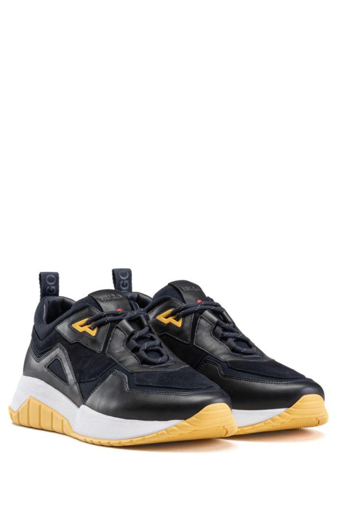 Baskets style chaussures de course en cuir nappa avec détails en mesh