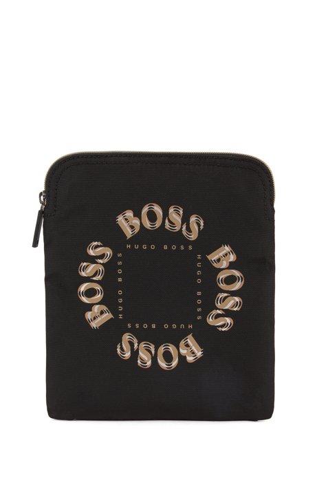 Bolso de estilo sobre con logo metalizado a capas, Negro