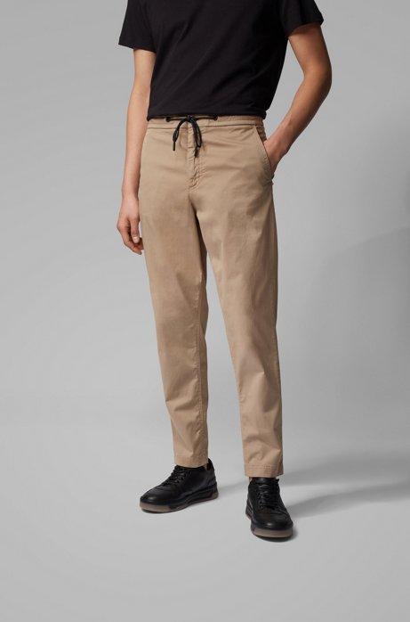 Tapered-Fit Hose aus elastischem Baumwoll-Twill mit Tunnelzugbund, Beige