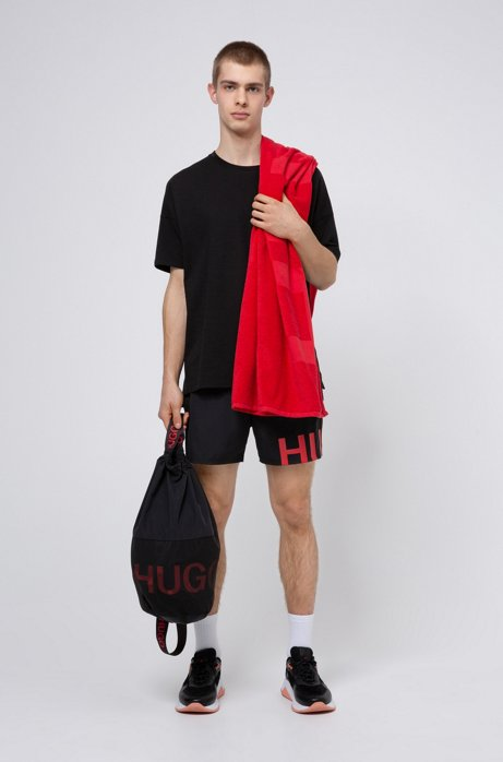 Strandset met handdoek, zwemshort en tas met trekkoord, Zwart