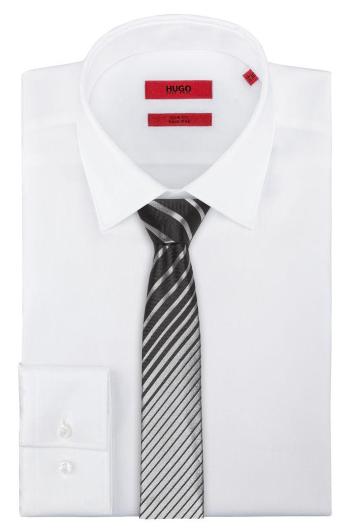 Cravate en jacquard de soie à rayures dégradées en diagonale