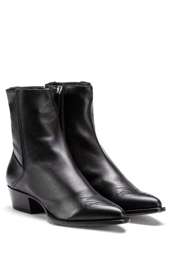 Italian-leather boots with Cuban heel and tonal stitching