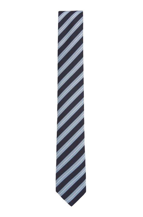 Wasserabweisende Krawatte aus Seiden-Jacquard mit diagonalen Streifen, Hellblau