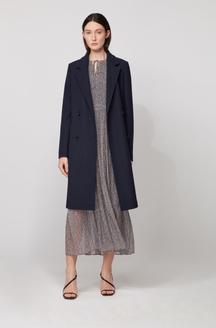 Relaxed-fit coat in waffle-structured stretch fabric