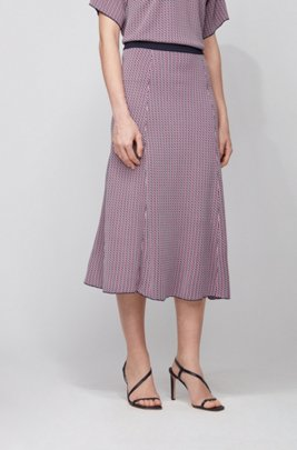Geometric-patterned skirt in knitted jacquard with contrast waistband, Patterned