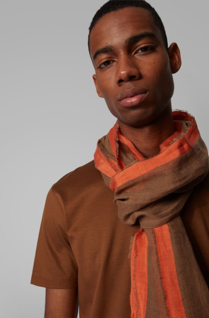 Striped scarf in linen and silk with fringed hem