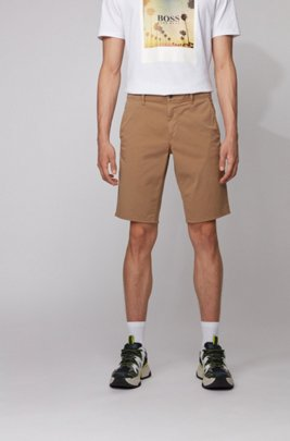 Slim-Fit Chino-Shorts aus leichter Stretch-Baumwolle, Beige