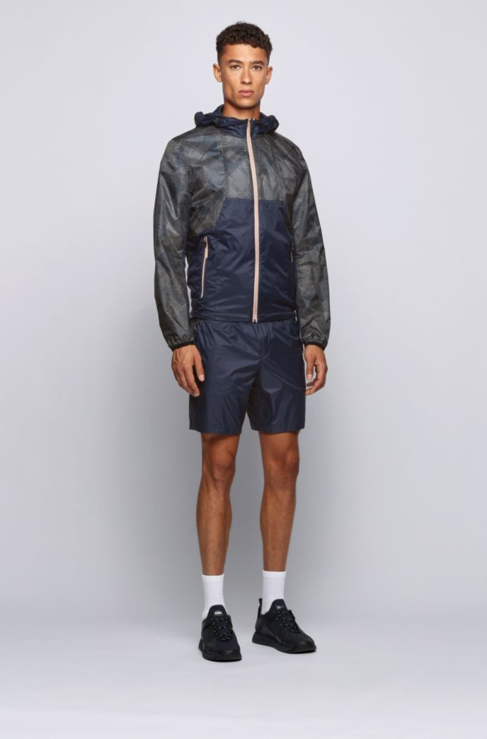 Lightweight technical shorts with tonal logo insert