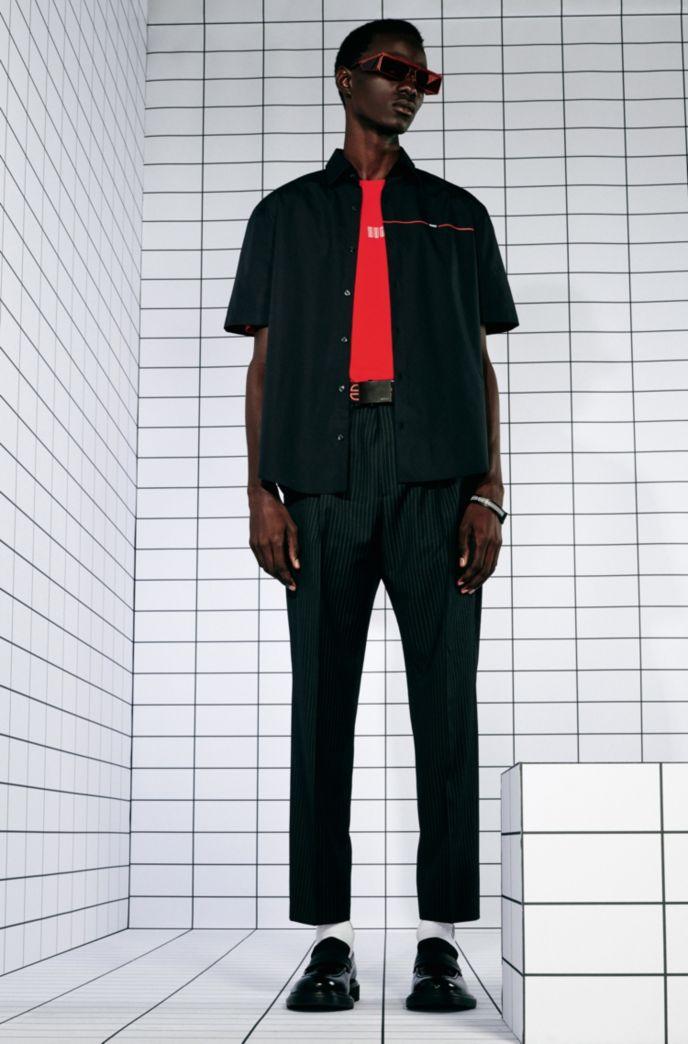 Chemise Slim Fit en popeline de coton avec rayure logo