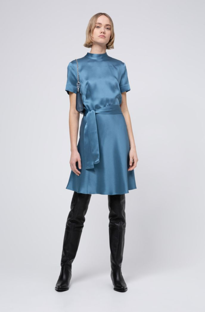 Slim-fit A-line dress in lustrous crepe georgette