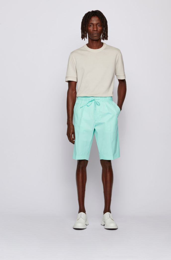 Relaxed-fit shorts in paper-touch stretch cotton