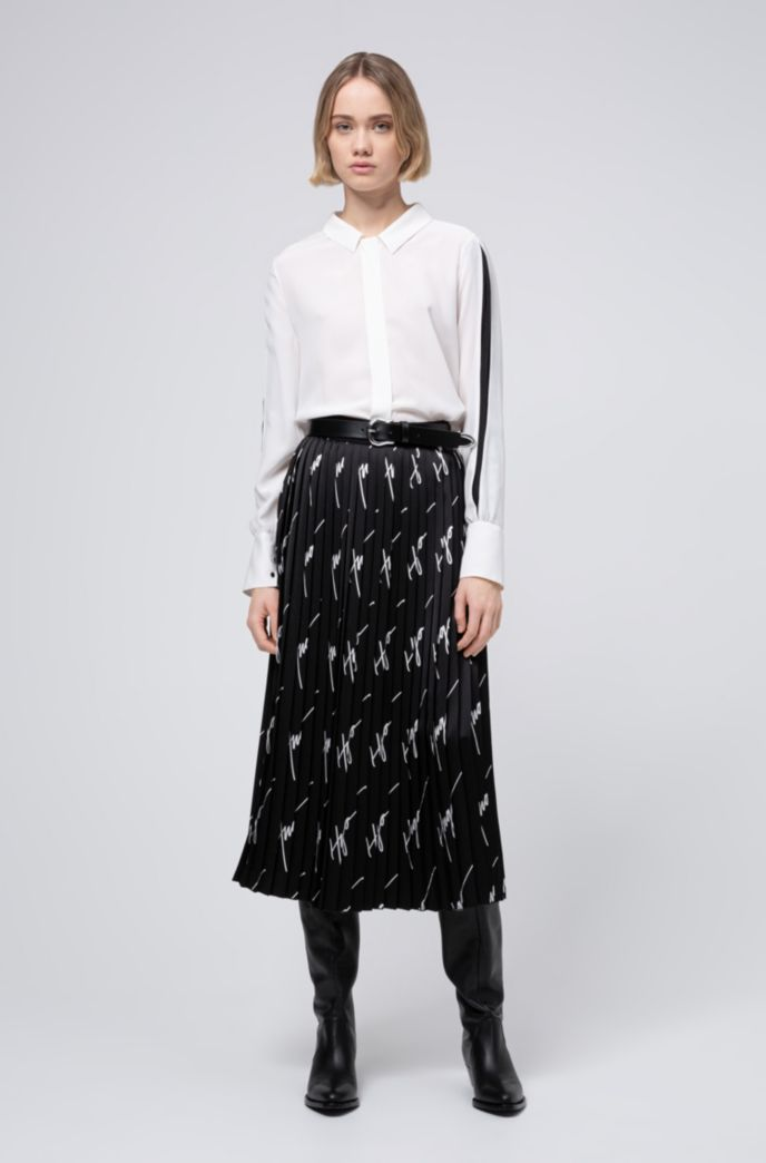 Plissé midi skirt with handwritten-logo motif