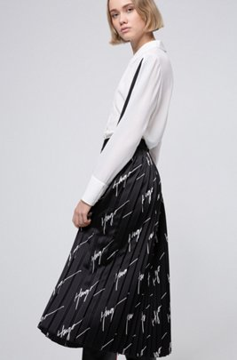 Plissé midi skirt with handwritten-logo motif, Black