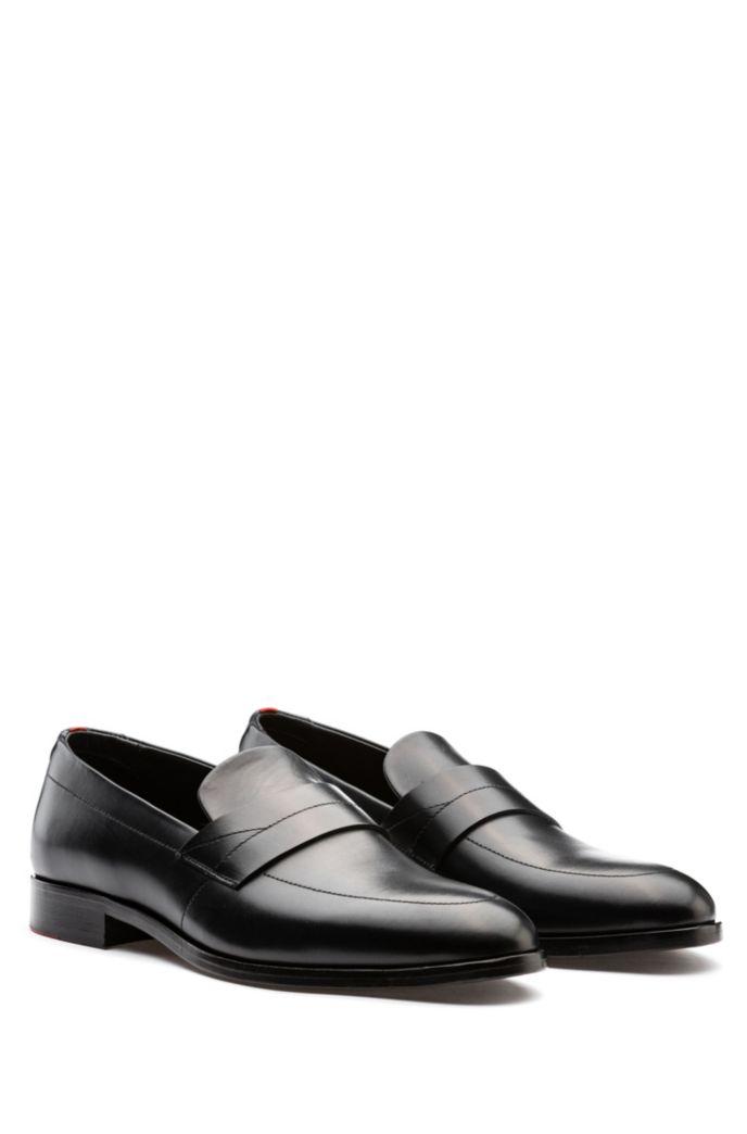 Loafers van gepoetst leer met moderne wreef