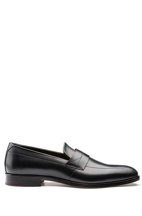 Loafers van gepoetst leer met moderne wreef, Zwart