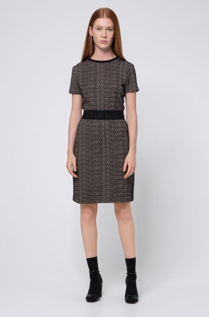 Short-sleeved dress in interrupted geometric jacquard jersey