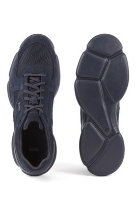 Low-top trainers in tonal suede and mesh, Dark Blue